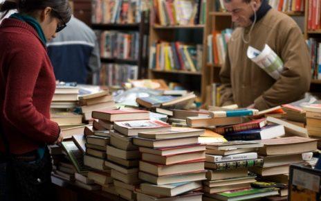 Skup książek w antykwariacie