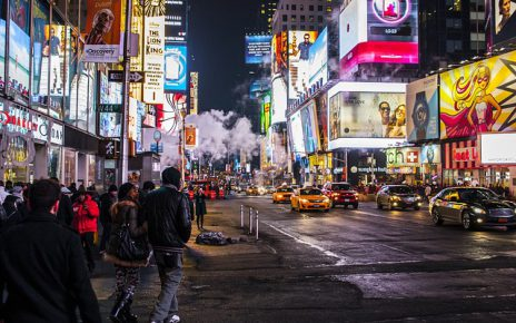Jak zrobić podświetlana reklamę zewnętrzną?