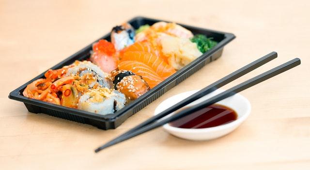TOP 3 serwisy z zamawianiem jedzenia online