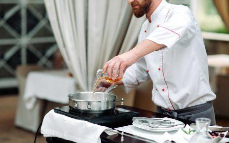 Usługi gastronomiczne i cateringowe - dlaczego warto z nich skorzystać